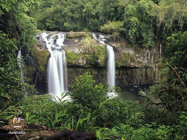 photos-of-beautiful-waterfalls-around-the-world- (10)
