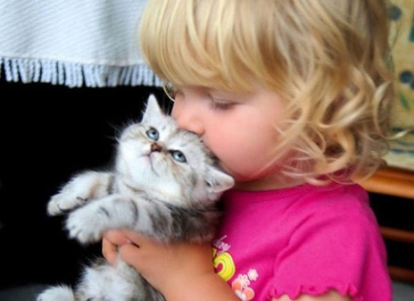 pictures-of-children-and-animals- (24)