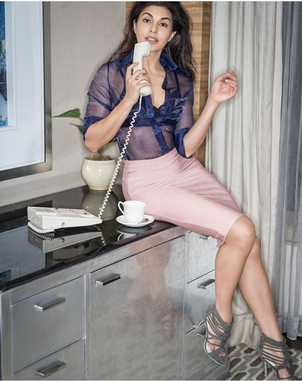 jacqueline-fernandez-photoshoot-for-fhm-magazine-april-2017- (3)
