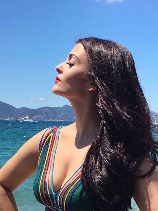 aishwarya-rai-first-look-at-cannes-filmfestival-2017- (9)