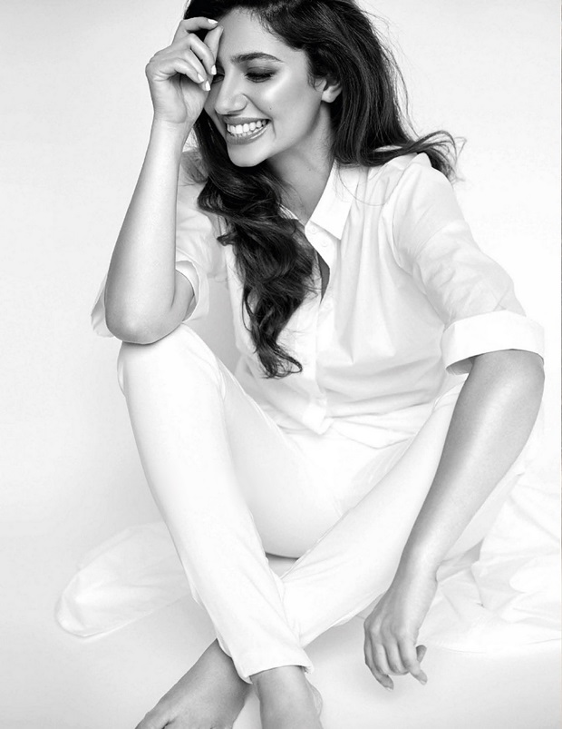 mahira-khan-photoshoot-for-vogue-india-june-2017- (3)