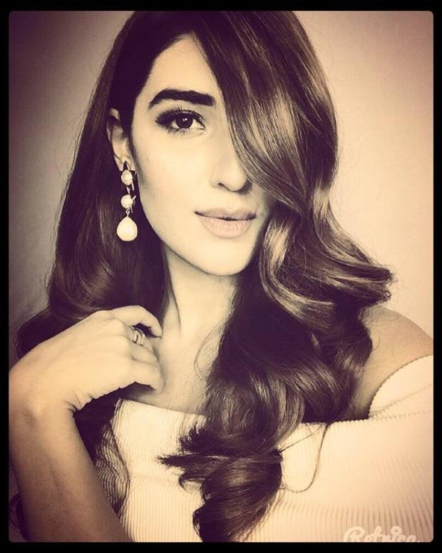 beautiful-pakistani-actress-hareem-farooq-photos- (19)