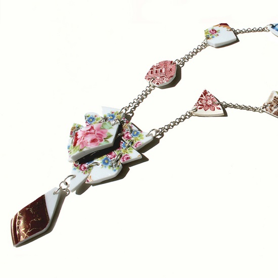 creative-handmade-broken-china-jewelry- (4)