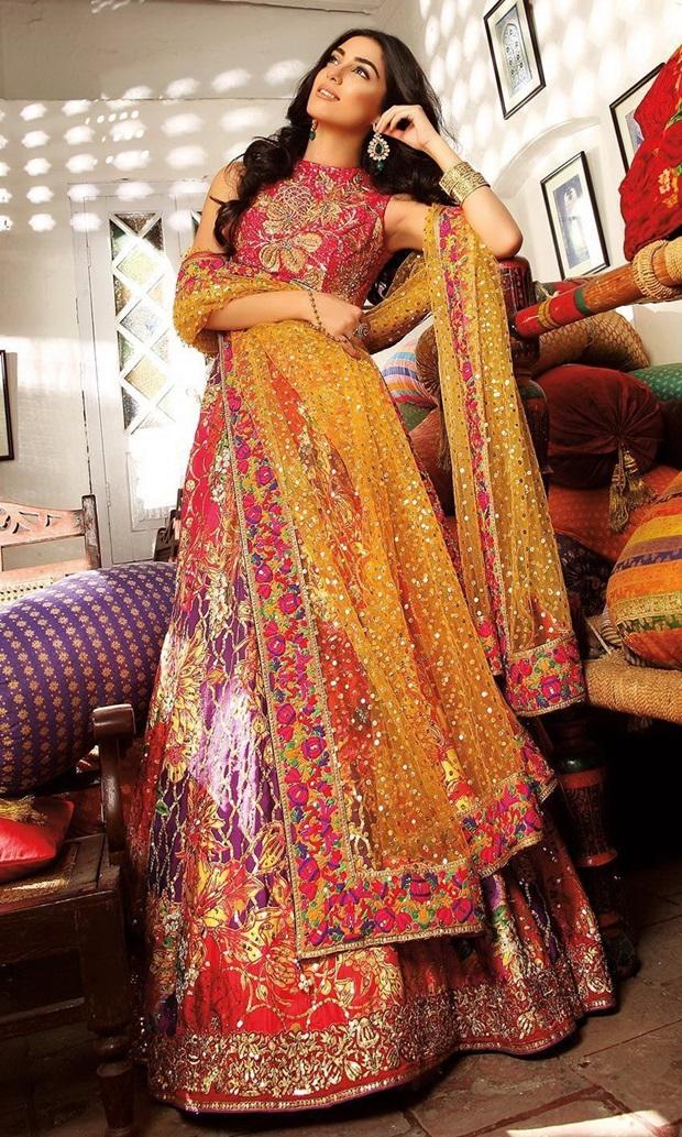 maya-ali-photoshoot-for-nomi-ansar-bridal-wear- (4)