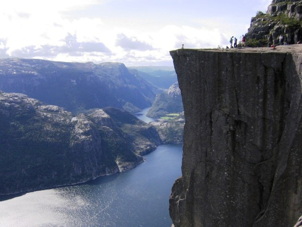 norway-fjords-wallpapers- (7)