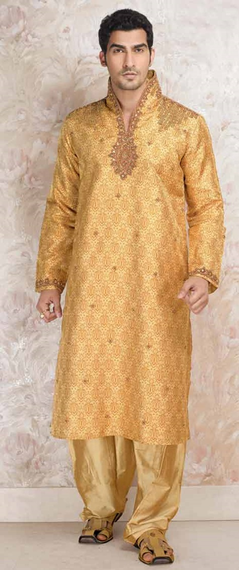 festive-pathani-suits-for-men- (5)