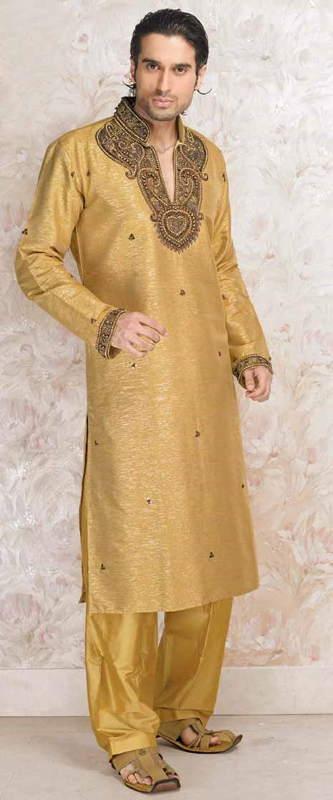festive-pathani-suits-for-men- (6)