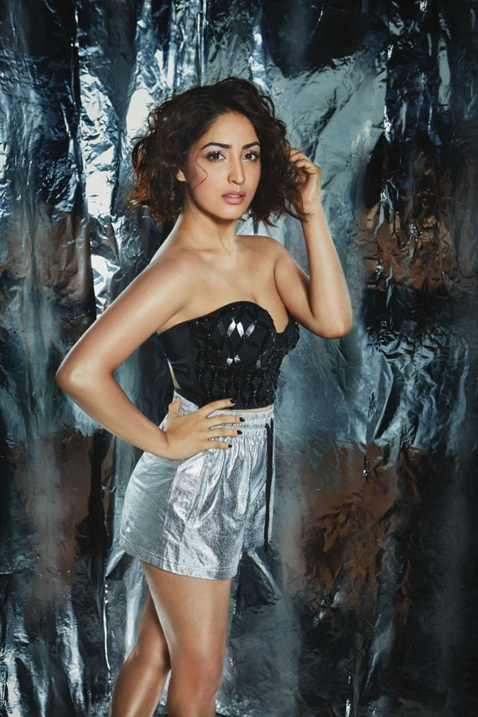 yami-gautam-photoshoot-for-fhm-december-2018- (3)