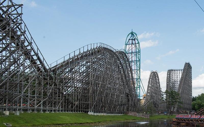 Six Flags Great Adventure Nj S Premiere Amusement Park