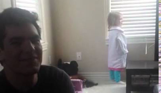 Little Girl Has The Perfect Response When Her Dad Asks to Build a Snowman