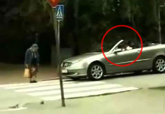 Karma Comes in Many Different Forms. and This Driver Just Got a Healthy Dose!