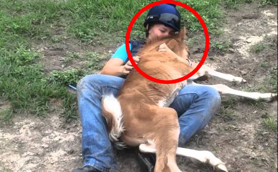 When this horse was galloping toward her, she never expected THIS to happen. Oh my goodness!