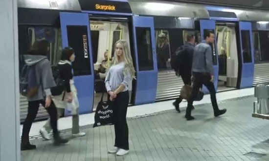 What she sees in the subway station will leave you in shivers!