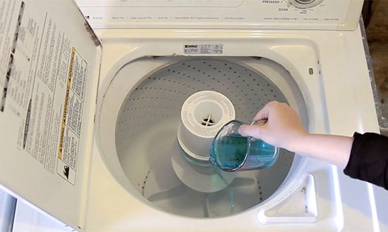 She pours mouthwash into her washing machine. And then? Whoa, this blew my mind!