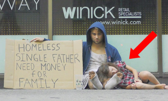 See How People Treat a Homeless Father Looking for Few Bucks to Feed His Daughter