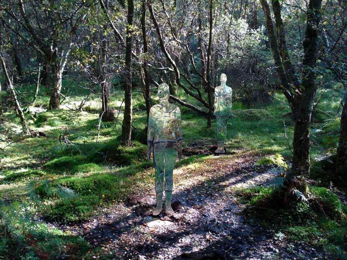 Shining Phantoms, The Reflective Sculptures of Rob Mulholland