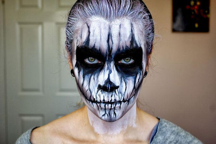 Creepy Halloween Makeup - Skull Face