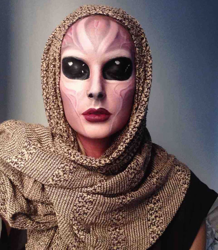 Halloween Makeup Ideas - Alien Girl
