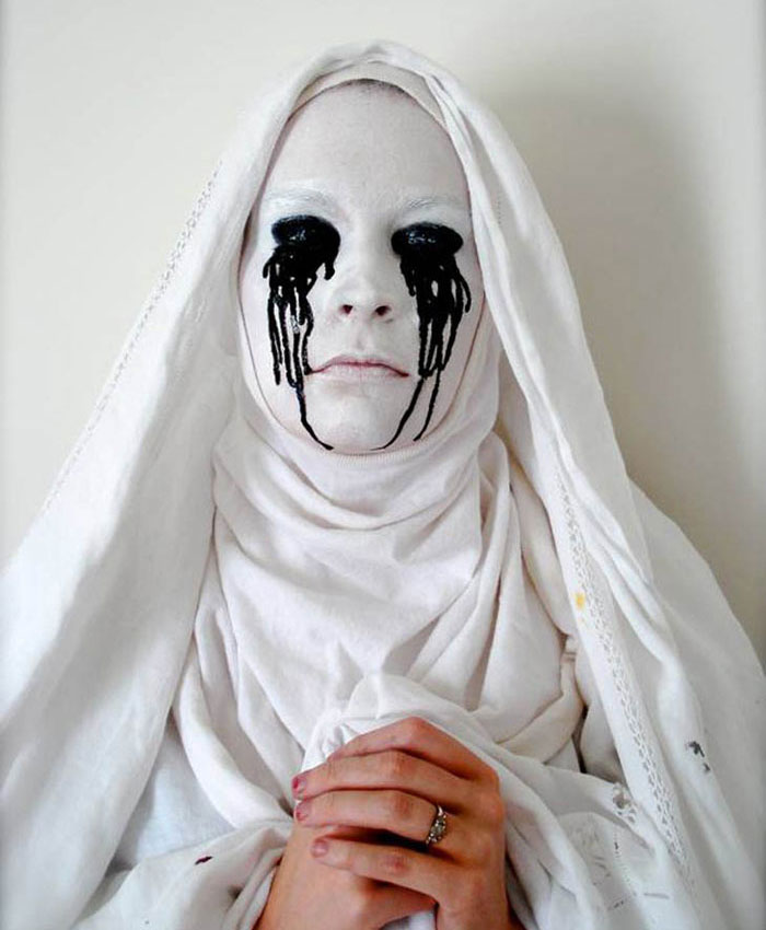 Creepy Halloween Makeup - American Horror Story Halloween Makeup