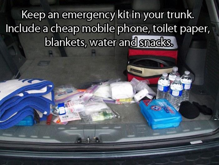 Best Car Hacks - Emergency kit hack