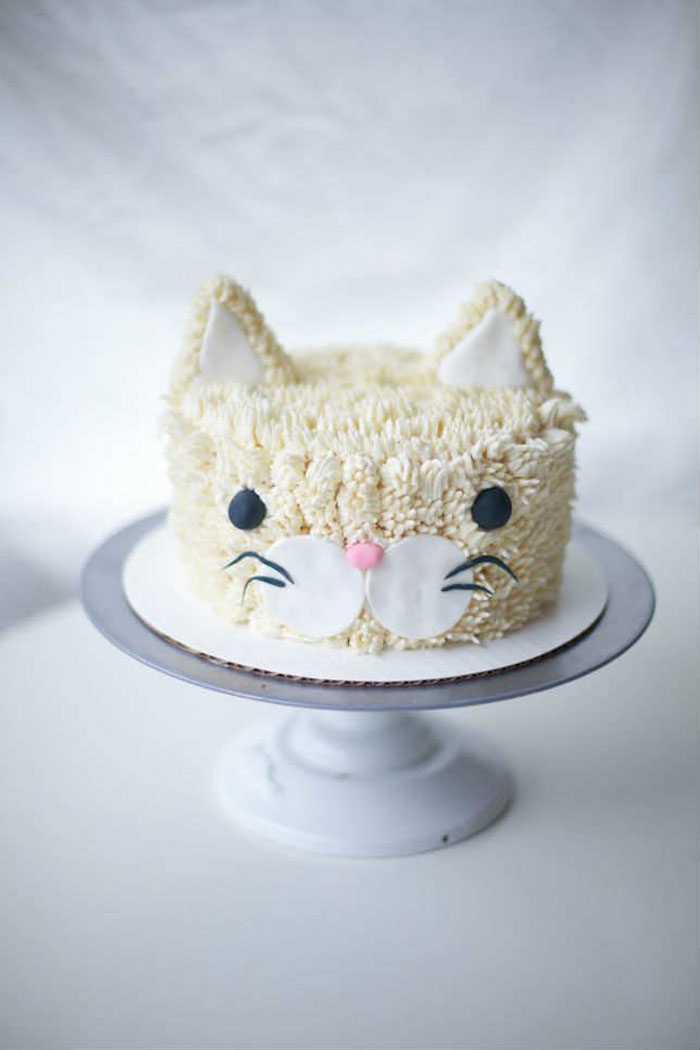 Cake Decorating Ideas - Pussy Cat Cake