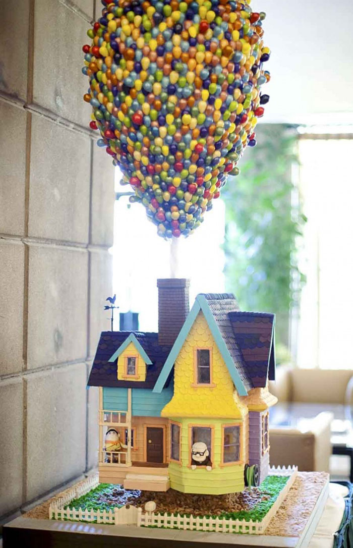 Awesome Cakes - Up Cake