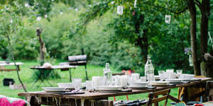 Tricks for Hosting an Effortless Outdoor Party