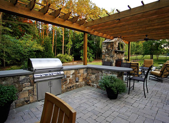 Latest Trends In Designing Your Outdoor Space