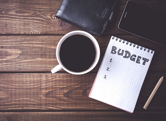 5 Tips to Maintain Your Budget