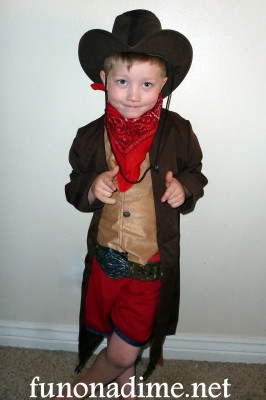sc 1 st  Fun On A Dime & Boys Cowboy Costume Review | Fun On a Dime