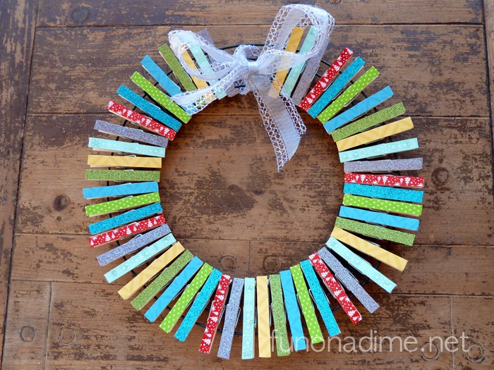 Clothespin Wreath Tutorial - Christmas inspired