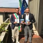 """Bibbiena (AR): il Comune dona agli studenti """"Social o dis-social?"""" e """"Italiani o it-alieni?"""""""