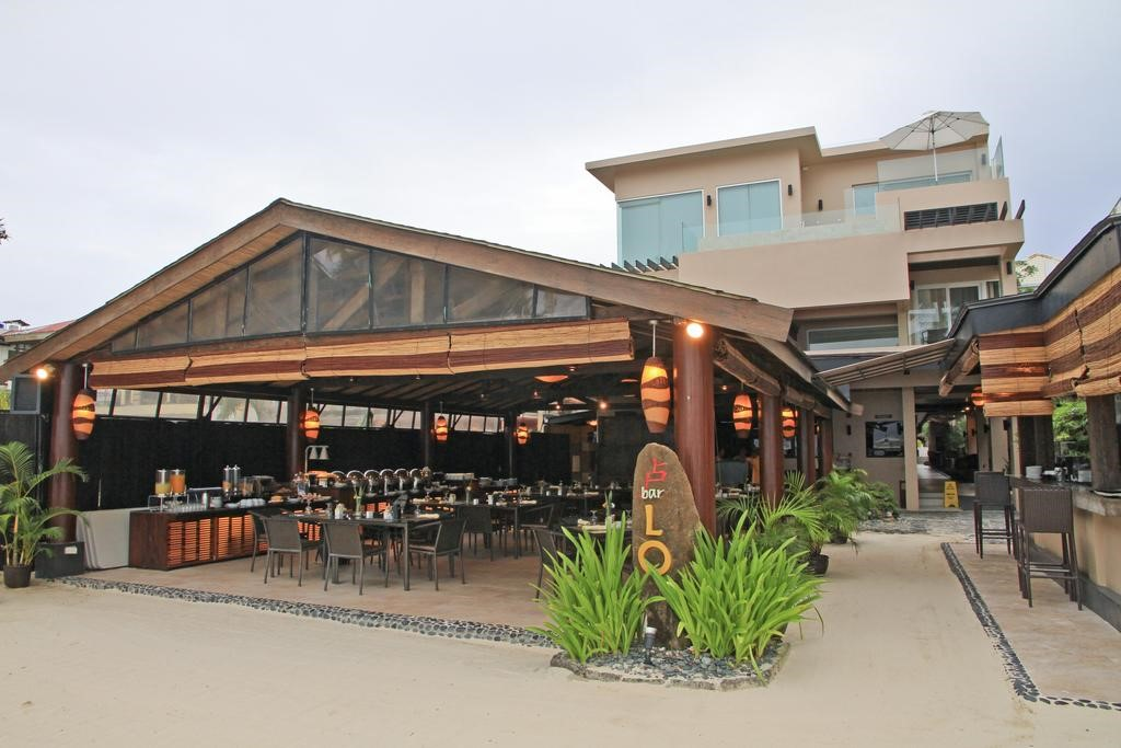 長灘島兩季渡假村 (Two Seasons Boracay Resort)