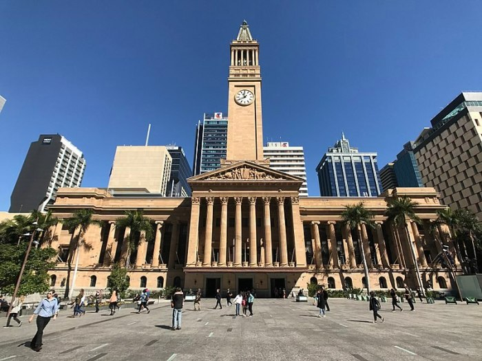 800px-Brisbane_City_Hall_view_from_King_George_Square,_Brisbane