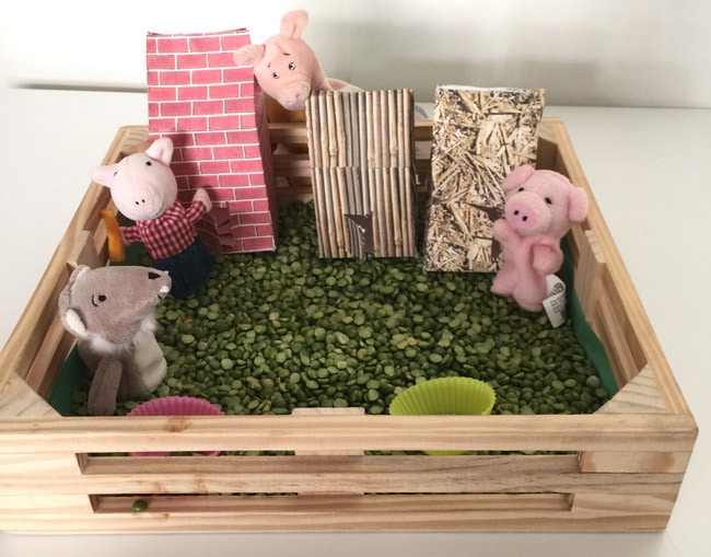 Three little pigs story time fun for children and toddlers to re-enact the story