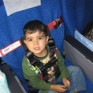 Fly safely with your kids