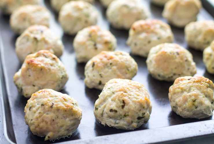 With only five flavor-packed ingredients, these Low Fodmap Pesto Turkey Meatballs are delicious and versatile. Serve with pasta or veggies for an easy meal.Paleo and whole30 friendly!