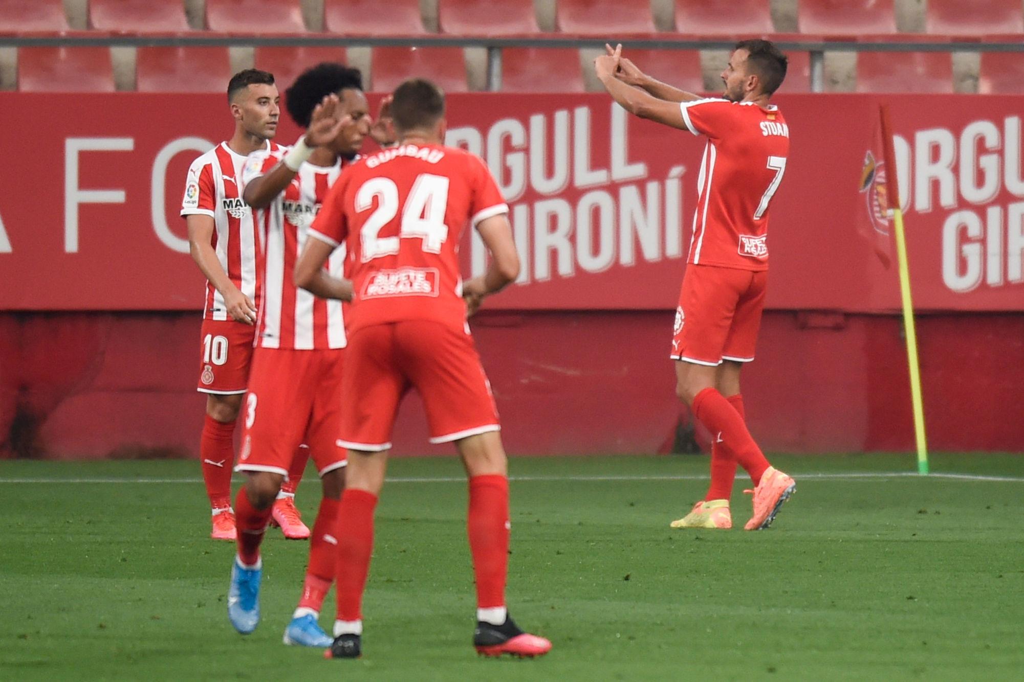 2️⃣ Girona / Les socios appelés à changer l'écusson de leur club !