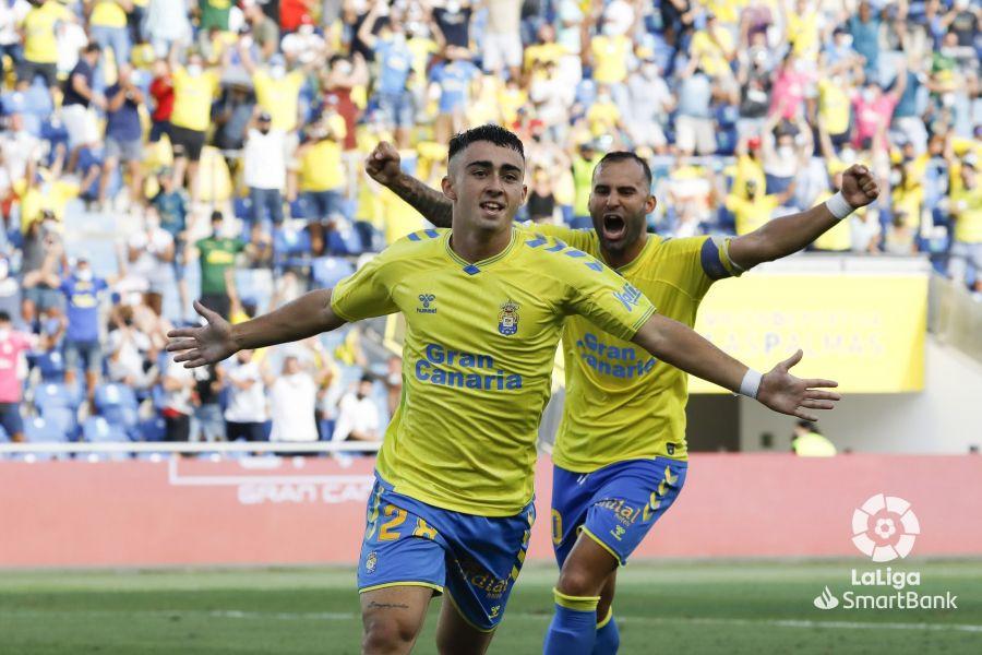 2️⃣ UD Las Palmas : Alberto Moleiro, toute ressemblance avec Pedri…