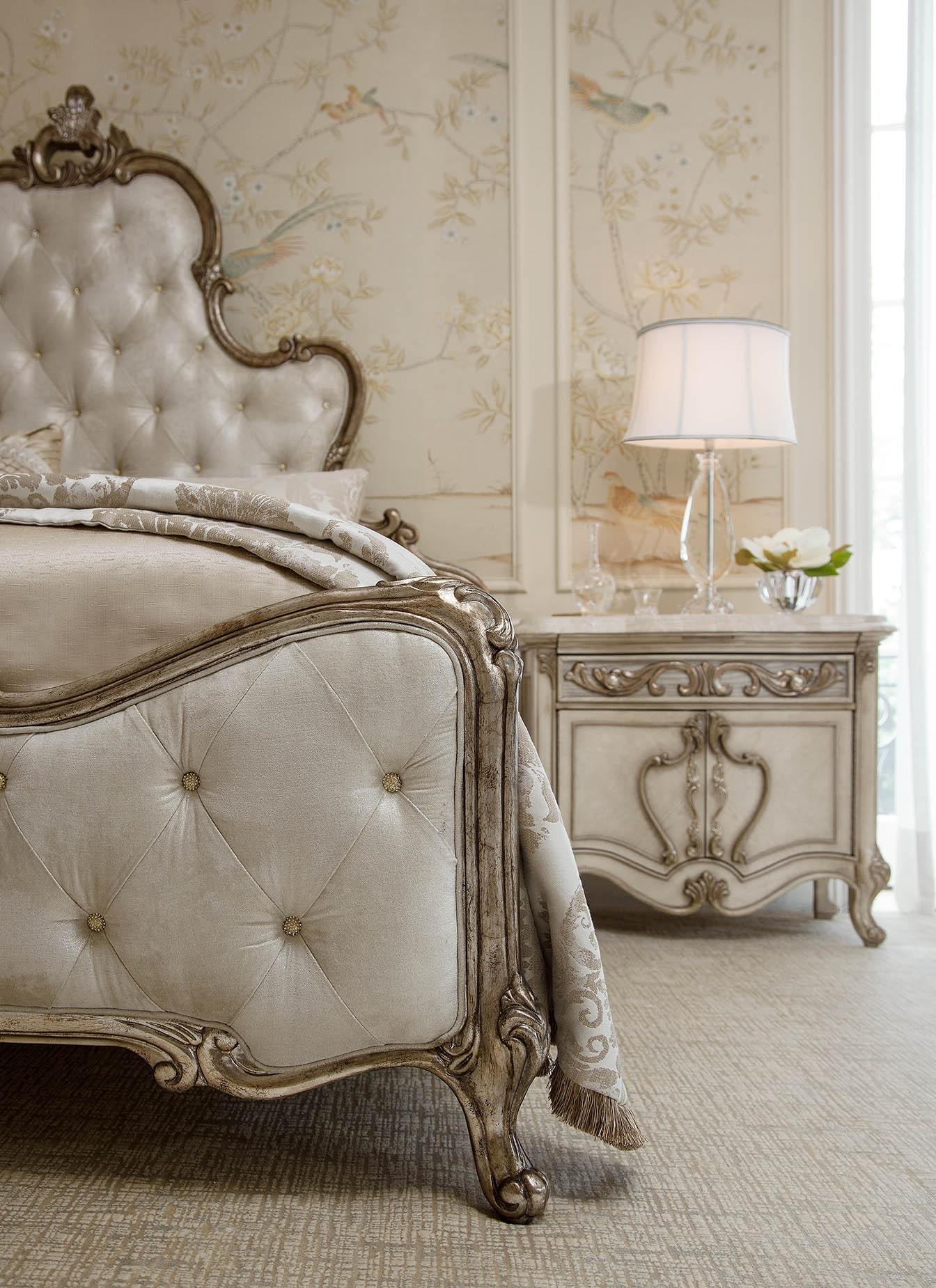 Platine De Royale Champagne Bedroom By Aico