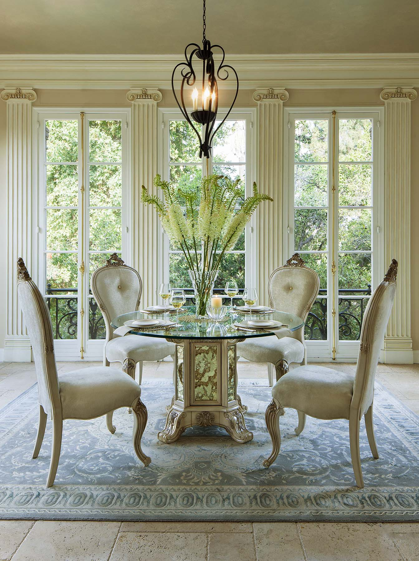 Platine De Royale Champagne Dining By Aico