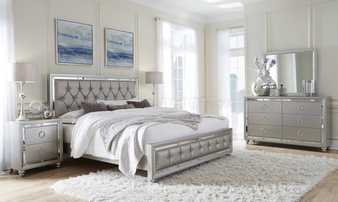 Riley Bedroom 5Pc Set In Silver Finish By Global