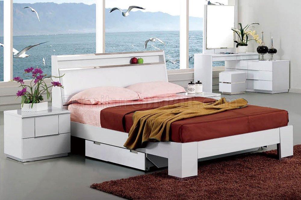 B21 Bedroom In White High Gloss By Pantek WOptions