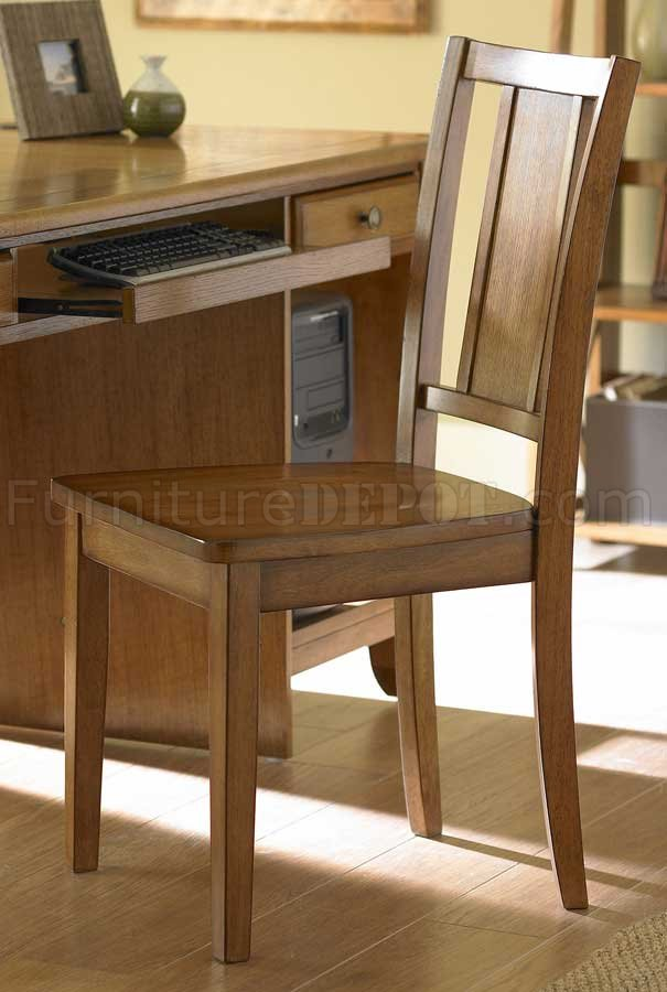 Britanica Writing Desk In Oak W Keyboard Tray Amp Drawers