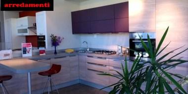 Febal Casa - Cucina Chantal, vivace, contemporanea, raffinata. Sconto 50%