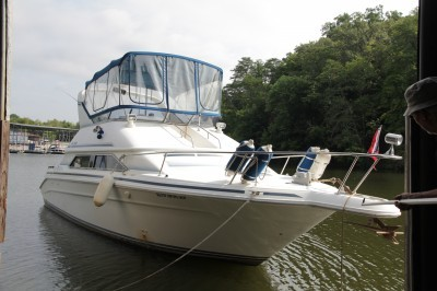 ENDED Bid LIVE Or ON LINE 1992 Sea Ray 350 Express Cruiser