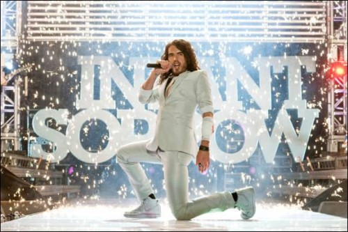 https://i2.wp.com/www.fushionmag.com/wp-content/uploads/2010/02/get-him-to-the-greek-russell-brand-movie-500x333.jpg
