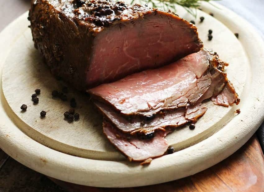 How to make Roast Beef with fresh horseradish sauce. This amazing, tasty, moist Roast Beef is easy to make and a real family pleaser. The fresh horseradish sauce is the perfect touch to this delightful recipe. I LOVED this roast, hubby was super pleased too! He made sure I knew I need to make this again! | FusionCraftiness.com