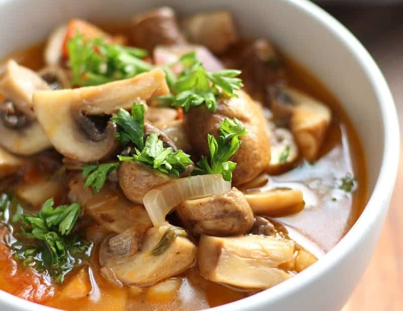 Greek Style Mushrooms | Mushrooms a la Grecque. An easy and tasty side dish that cooks up quickly. Enjoy this Greek dish with your steak or lamb chop!