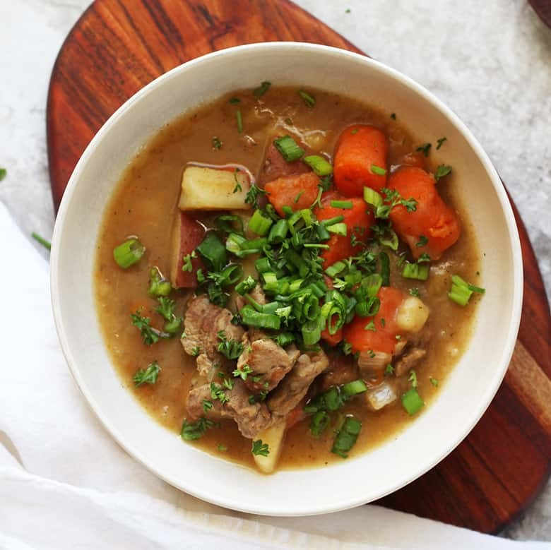 Traditional Easy Irish Stew Made Easy & Authentic with Lamb. This hearty stew with a thick gravy sauce can be made in a slow cooker or crockpot, perfect for dinner on a cold Winters' day. Make this for the family or for a crowd, this recipe easily scales up or down. Make this easy and healthy stew today!